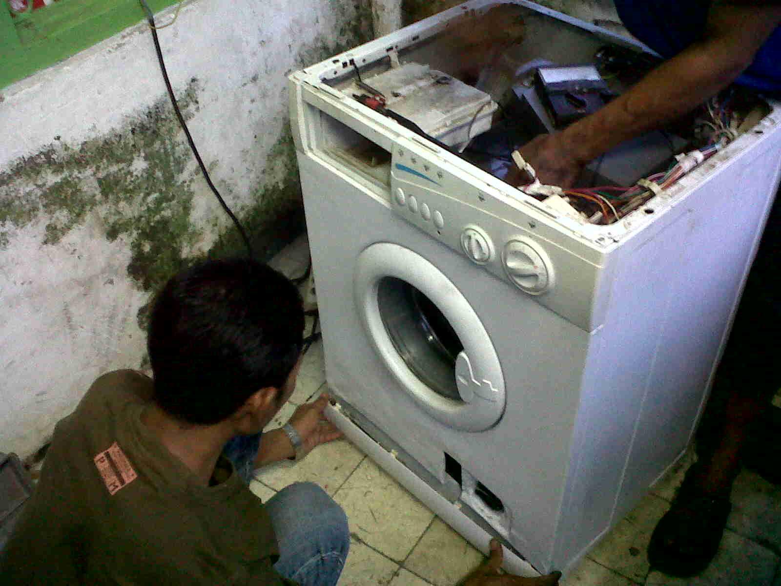 Service Mesin Cuci Bukaan Depan Bintaro